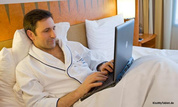 Jetzt das Kaspersky Security Bulletin 2012 lesen: Gerne mit Laptop im BettJetzt das Kaspersky Security Bulletin 2012 lesen: Gerne mit Laptop im Bett